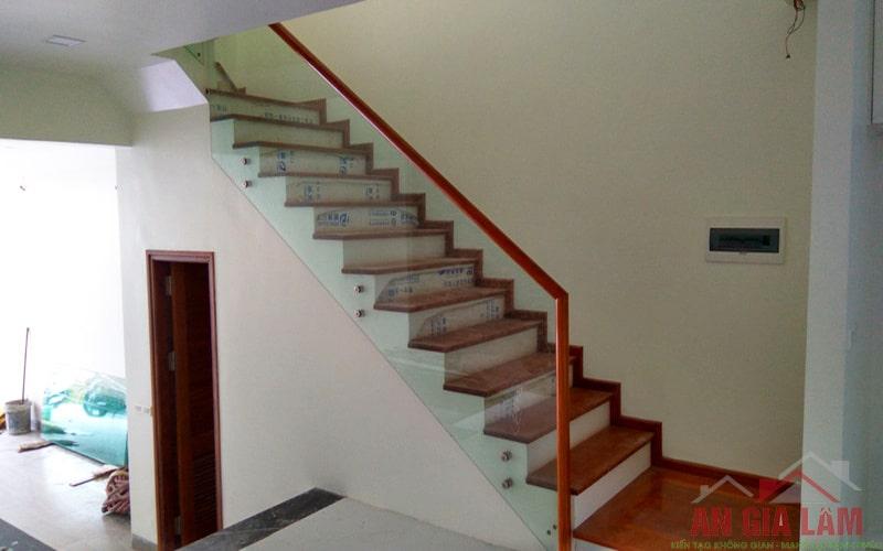 chiều cao cầu thang hợp lý